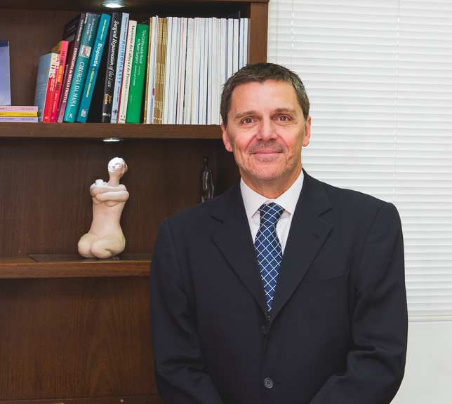 Dr. Flávio Borges Fortes