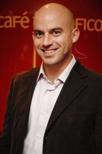 Dr. Carlos Frutos